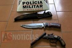 PM de Itambé do Mato Dentro apreende motos e armas em abordagem no Povoado do Sobrado