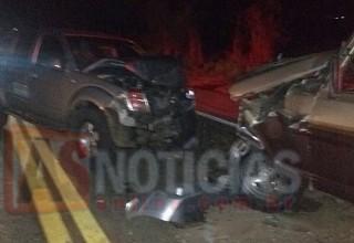 Condutor com suspeita de embriaguez é preso depois de colisão entre duas caminhonetes na MG-434 em São Gonçalo do Rio Abaixo