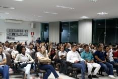 Palestra de vendas lota auditório da Acita