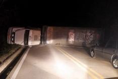 Quilômetro 85 da rodovia MG-129 em Catas Altas ficou interditada por quase 7 horas