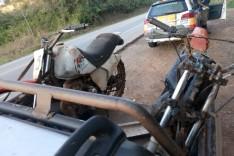 Rodoviários prende inabilitado e apreende duas motos com procedência duvidosa em Bom Jesus do Amparo