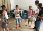 CRIANÇAS E ADOLESCENTES DE CATAS ALTAS CRIAM ADEREÇOS E BLOCOS PARA O CARNAVAL