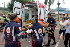 Motociclista fica ferido depois de colisão com veiculo na Duque de Caxias em Itabira