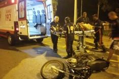 Motociclista fica ferido após colisão contra veiculo na rotatória da Avenida Cristina Gazire