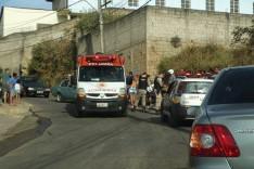 Motociclista fica ferido após colisão frontal contra Chevette no bairro Monsenhor Jose Lopes