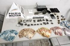 PM cumpre mandado e homem é preso por trafico de drogas no bairro Gabiroba em Itabira
