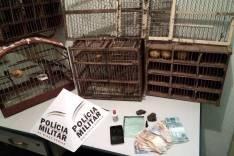 PM de Passabém prende suspeitos por trafico de drogas e apreende pássaros da fauna silvestre