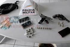 PM prende dois suspeitos com pistola revolver droga e munições durante operação em Itabira
