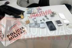 PM prende um e apreende um menor suspeitos de trafico de drogas no Colina do Praia em Itabira