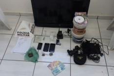 PM prende dois suspeitos moto adulterada e diversos produtos de roubos no Madre Maria de Jesus