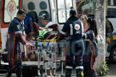 Tombo com motocicleta deixa duas pessoas feridas na Avenida Mauro Ribeiro