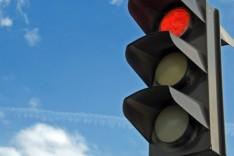 Utilidade Pública – Transita altera semáforo da avenida Carlos Drummond de Andrade
