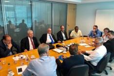 Novos gestores do Cruzeiro Esporte Clube se encontram pela primeira vez em reunião na sede administrativa