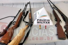 Militares do Tático Comando prendem suspeito e 5 armas de fogo no Rio de Peixe em Itabira