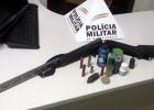 APÓS DENUNCIA PM APREENDE ARMA E MUNIÇÕES NA LOCALIDADE DE MATO DENTRO, ZONA RURAL DE FERROS