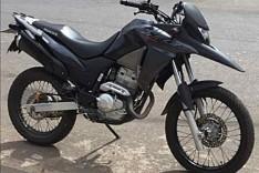 Jovem tem moto XRE-300 roubada quando fazia entrega no bairro São Pedro em Itabira