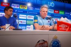 Apresentado, Abel Braga destaca a grandeza do Cruzeiro e a força do torcedor cinco estrelas