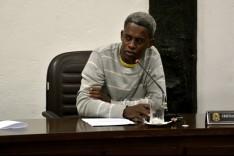 Cristian do Congado indica ao executivo compra de fogão para casa velório