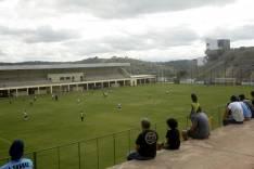 Copa Integração de futebol começa com quatro partidas e muitos gols